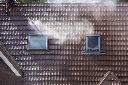dak en gevelspecialist hoe werkt het jouw dak en gevel reinigen 1
